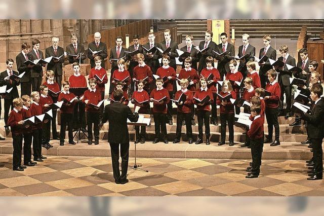 70 Knaben und junge Männer gestalten den Gottesdienst mit geistlichem Liedgut