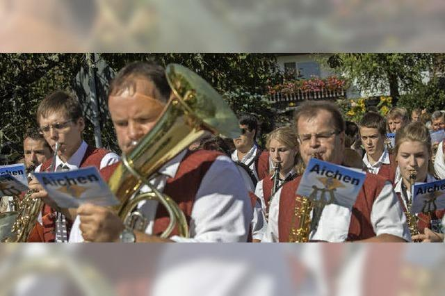 Herbstliche Aktionen, Musik, Unterhaltung Erntetombola in Tiengen