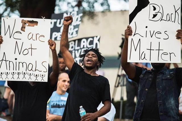 Wieder gewalttätige Proteste gegen die US-Polizei