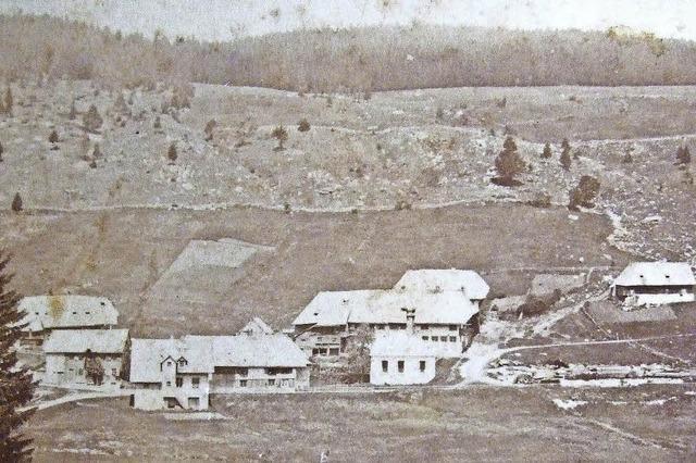 Im Jahr 1878 erlischt das Feuer in den Glasöfen in Aeule