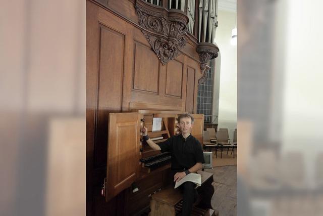 Charmantes und schwungvolles Spiel in der Kirche