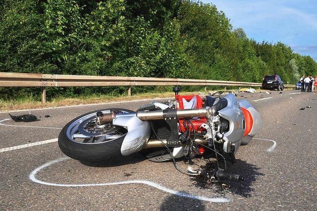 Zwei Verletzte bei zwei Motorradunfällen in Lörrach