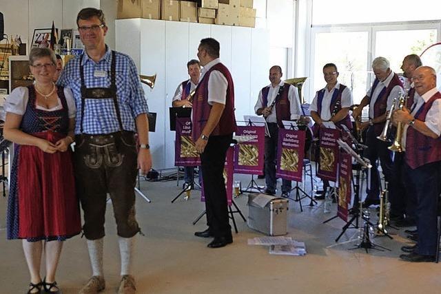 Zünftige Feier im Autohaus Böhler