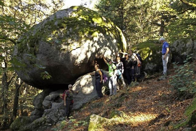Geheimnisvolle Felsen und schöne Aussichten