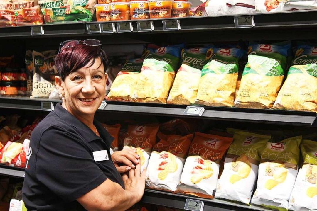 Silvia Mostberger arbeitet seit einem Vierteljahrhundert für Hieber.  | Foto: Hieber