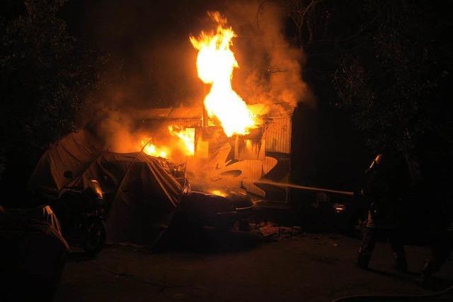 Bauwagen als Sauna – Feuerwehr muss löschen