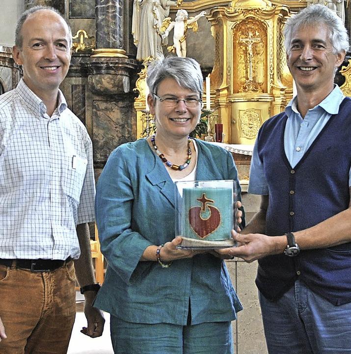 Adelbert Gantner (links) und Hans Baul...en Gemeindereferentin Cornelia Reisch.  | Foto: Manfred Frietsch