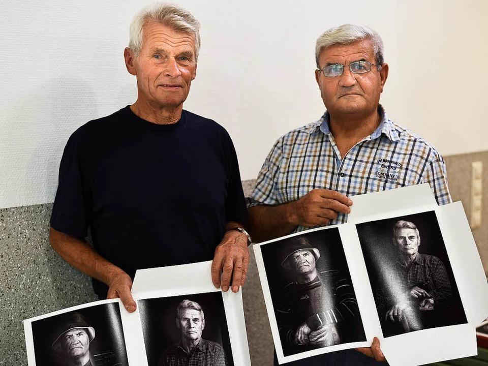 Bruno aus Deutschland (links). und Odi...ak stammt, präsentieren ihre Porträts.  | Foto: Caritas/Thomas Kaiser