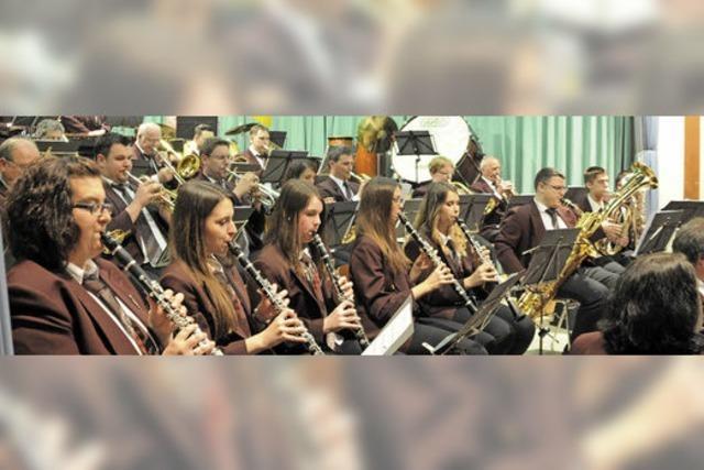 Trachtenkapelle Dachsberg veranstaltet Oktoberfest in Wittenschwand