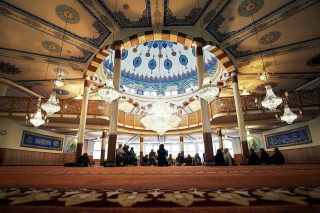 Muslime laden zum Tag der Offenen Moschee