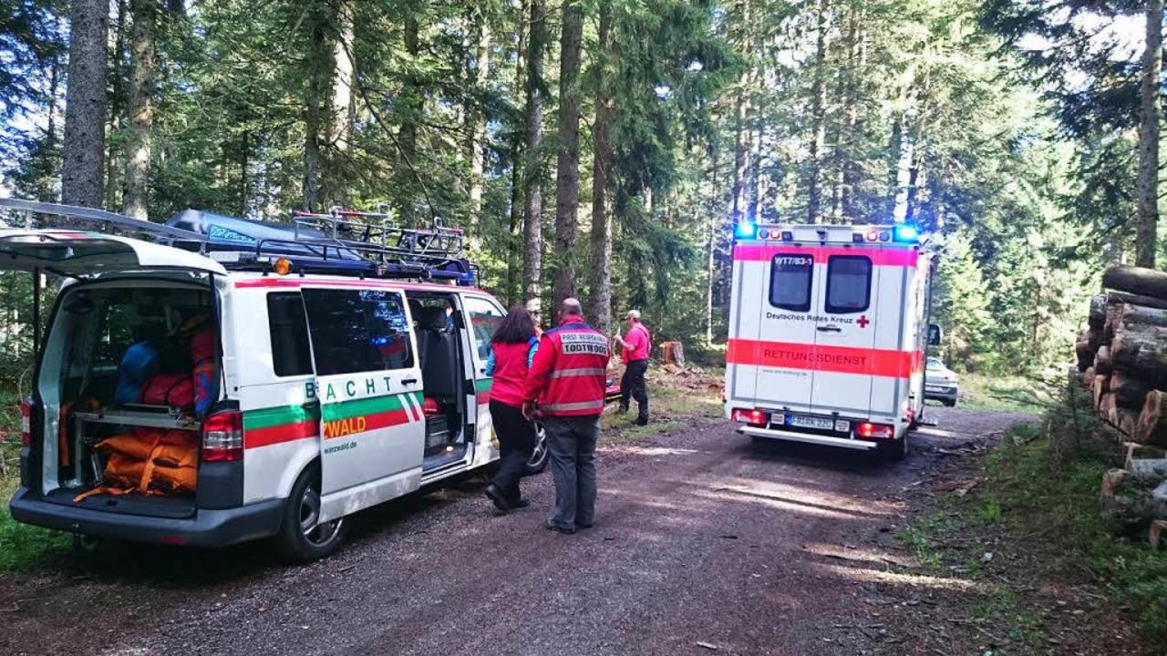 Bergwacht und Rettungsdienst waren schnell vor Ort.  | Foto: Bergwacht
