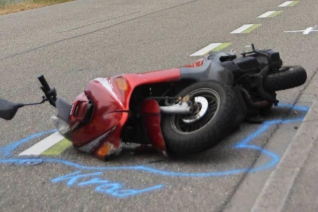 Betrunkener Rollerfahrer verletzt sich bei Unfall in Lörrach