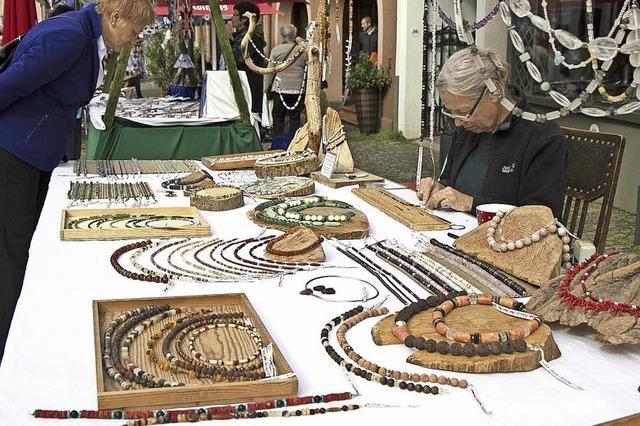 Verkaufsoffener Sonntag mit Kunsthandwerkermarkt am 9. Oktober