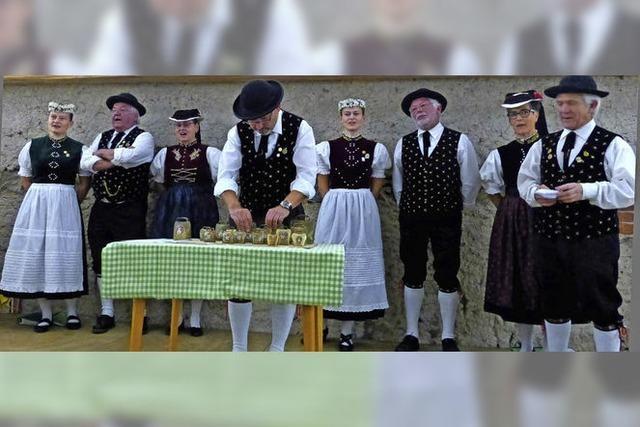 Urwüchsige Lieder und Tänze in der Klosterschiire