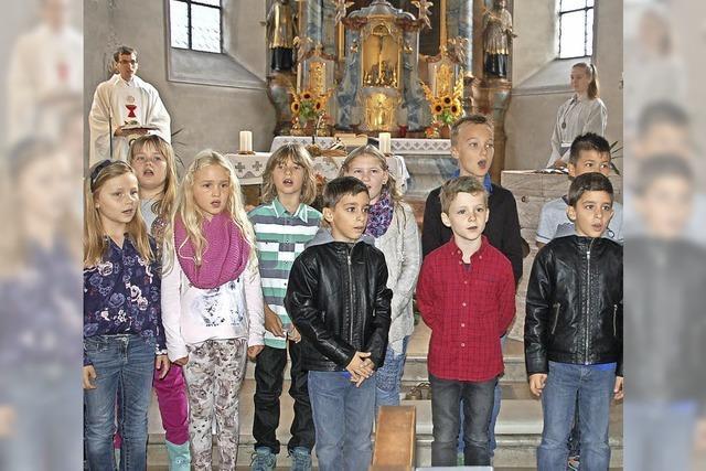 Feier des Erntedankfests in Minseln