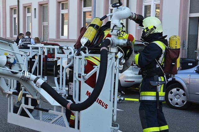 Rheinschloss in Bad Säckingen brennt – Großaufgebot vor Ort