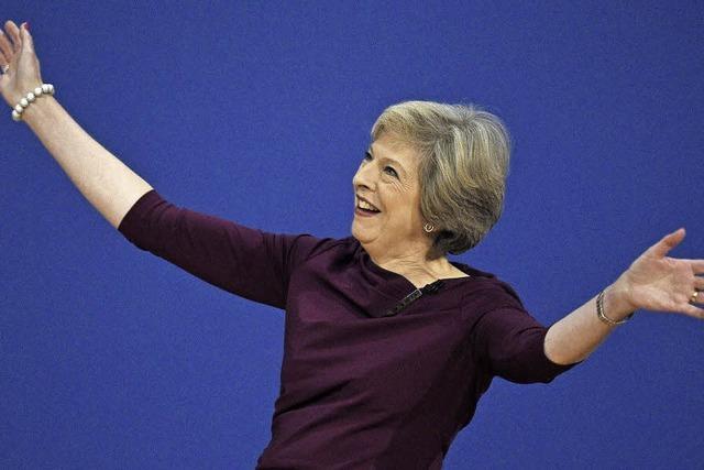 Auf ihrem Parteitag geben sich die britischen Konservativen wild entschlossen zum harten Brexit