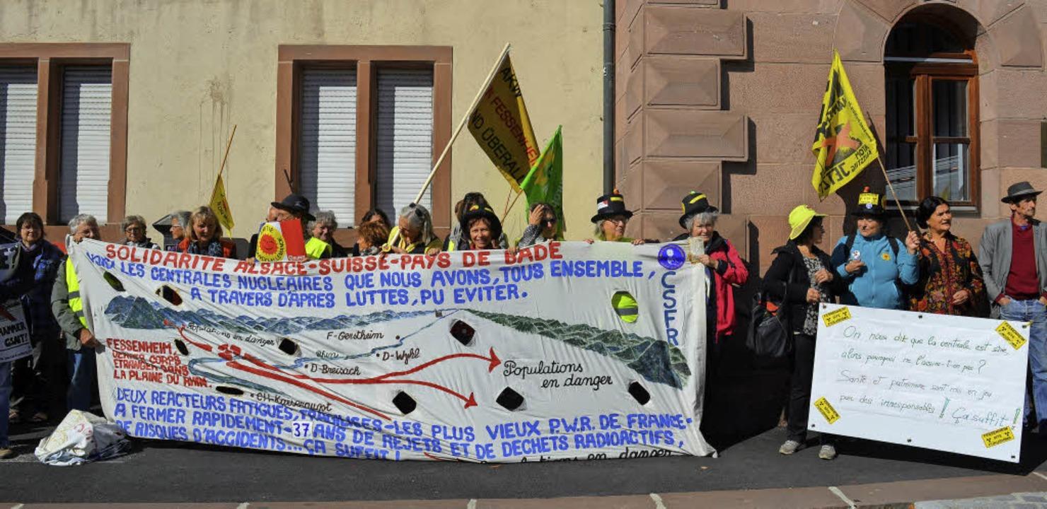 Akw-Gegner vor dem Amtsgericht Guebwiller    Foto: Laurène Perrussel