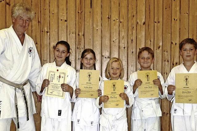 Karatekas starten durch
