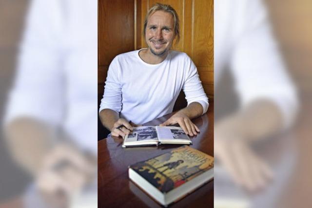 """Patrick Hertweck liest aus seinem Debütroman """"Maggie und die Stadt der Diebe"""" beim Lirum-Larum-Lesefest"""