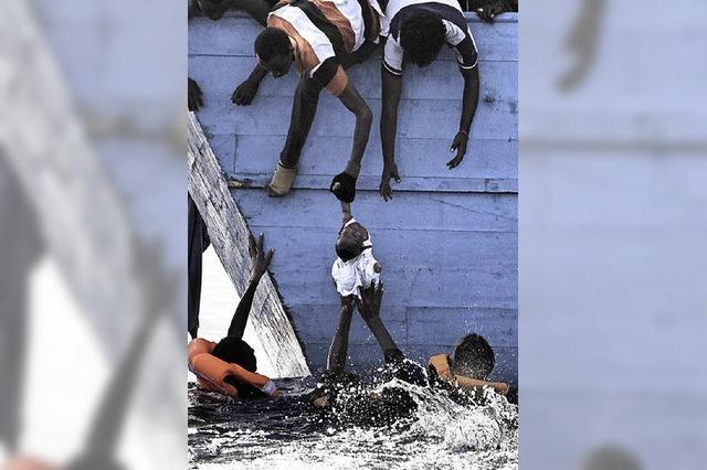 11 000 Bootsflüchtlinge in drei Tagen aufgegriffen