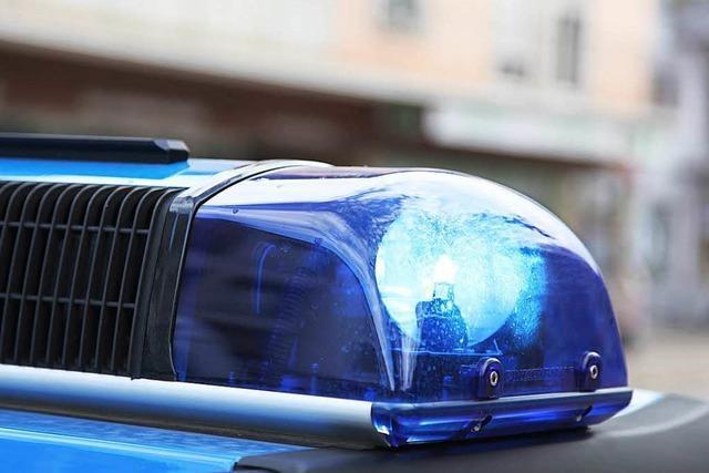 Radler flüchtet nach Zusammenstoß auf der Schwarzwaldstraße
