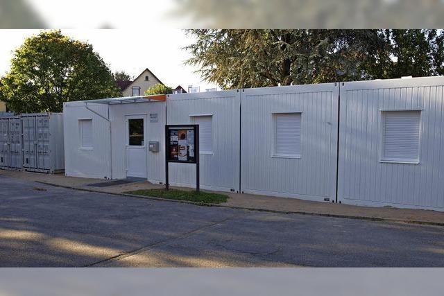 Kritik an Pfarrhaus im Container