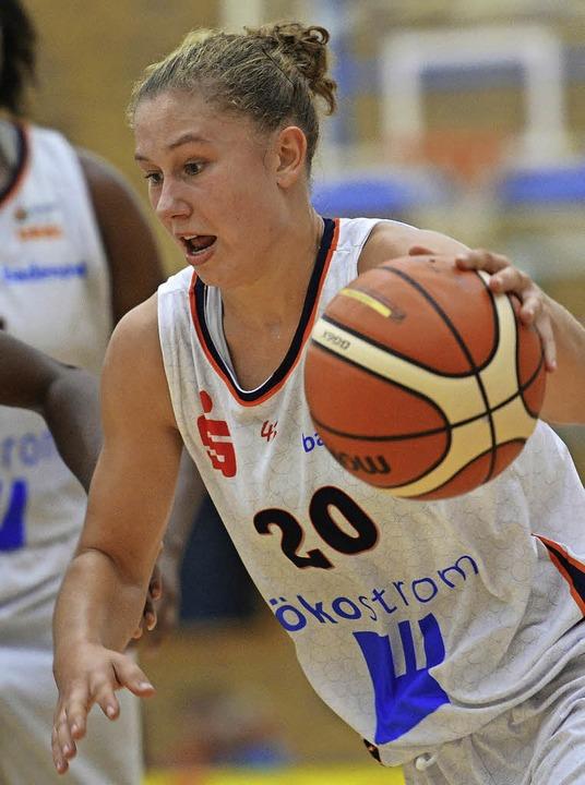 Luana Rodefeld  ersetzte Jovana Vukoje als Aufbauspielerin der Eisvögel.   | Foto: Seeger