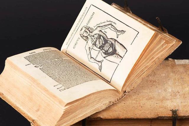 Fotograf zeigt Bilder von über 500 Jahre alten Büchern