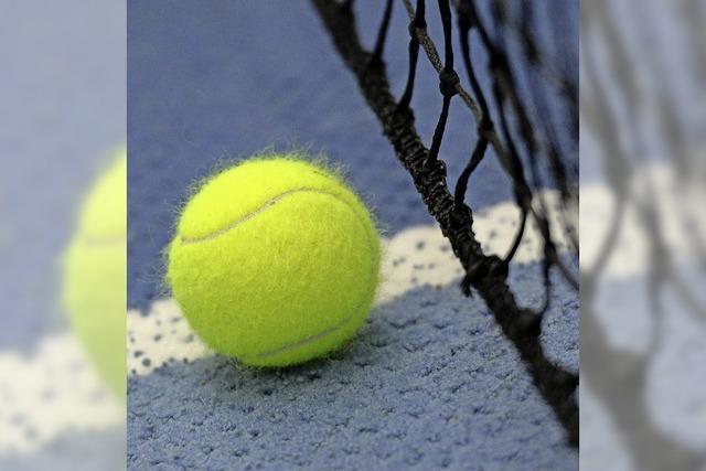 Tennisspieler küren ihre Vereinsmeister