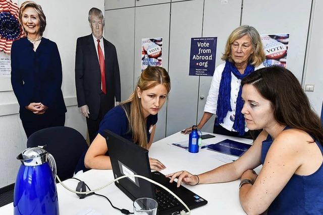 US-Bürger in Freiburg haben sich im Carl-Schurz-Haus zur Wahl registrieren lassen
