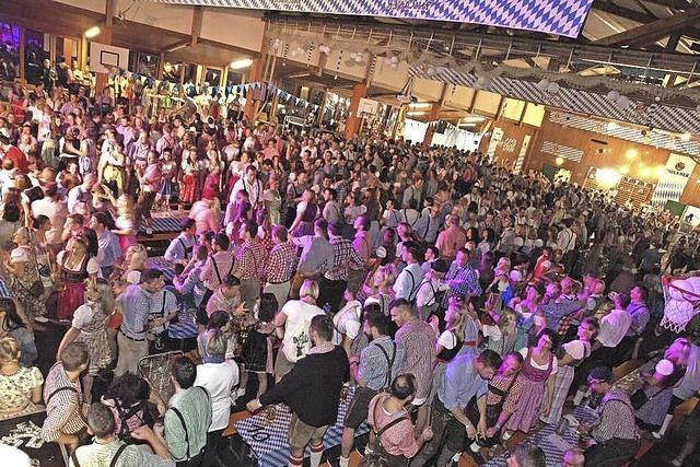 Weißblaue Gaudi mit 900 Gästen