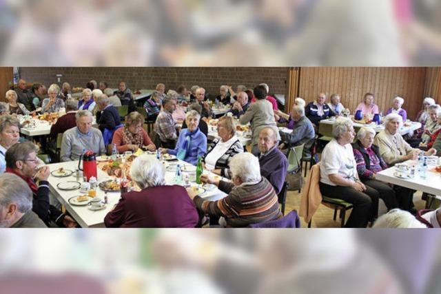 Bonndorfer Landfrauen bereiten Senioren unvergesslichen Nachmittag