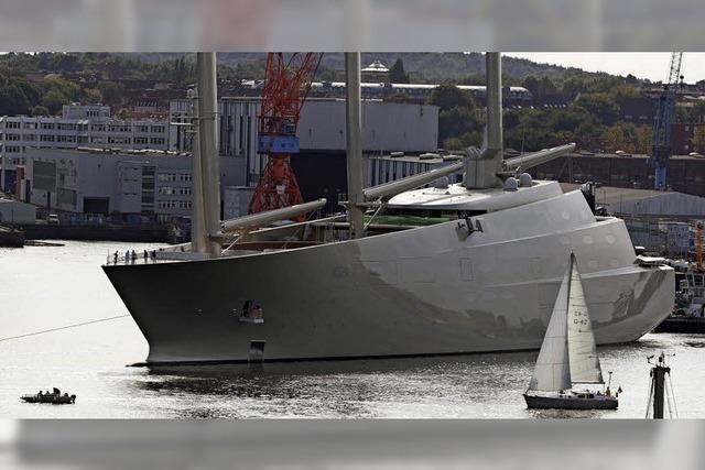 In Kiel wird die größte Segelyacht der Welt gebaut