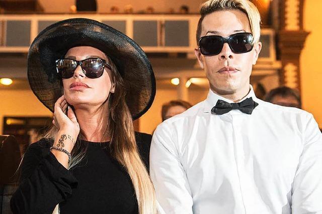 Was ist die richtige Kleidung für die Beerdigung?