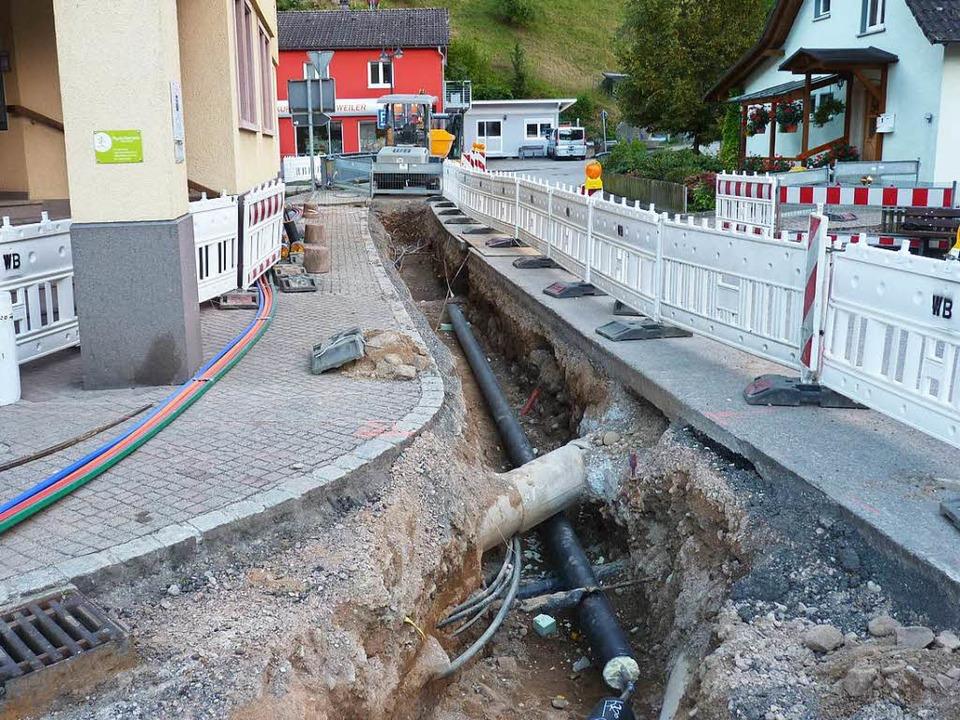 Der Tegernauer Kernort erhält derzeit ...n der heute eine Arztpraxis residiert.  | Foto: Sattelberger