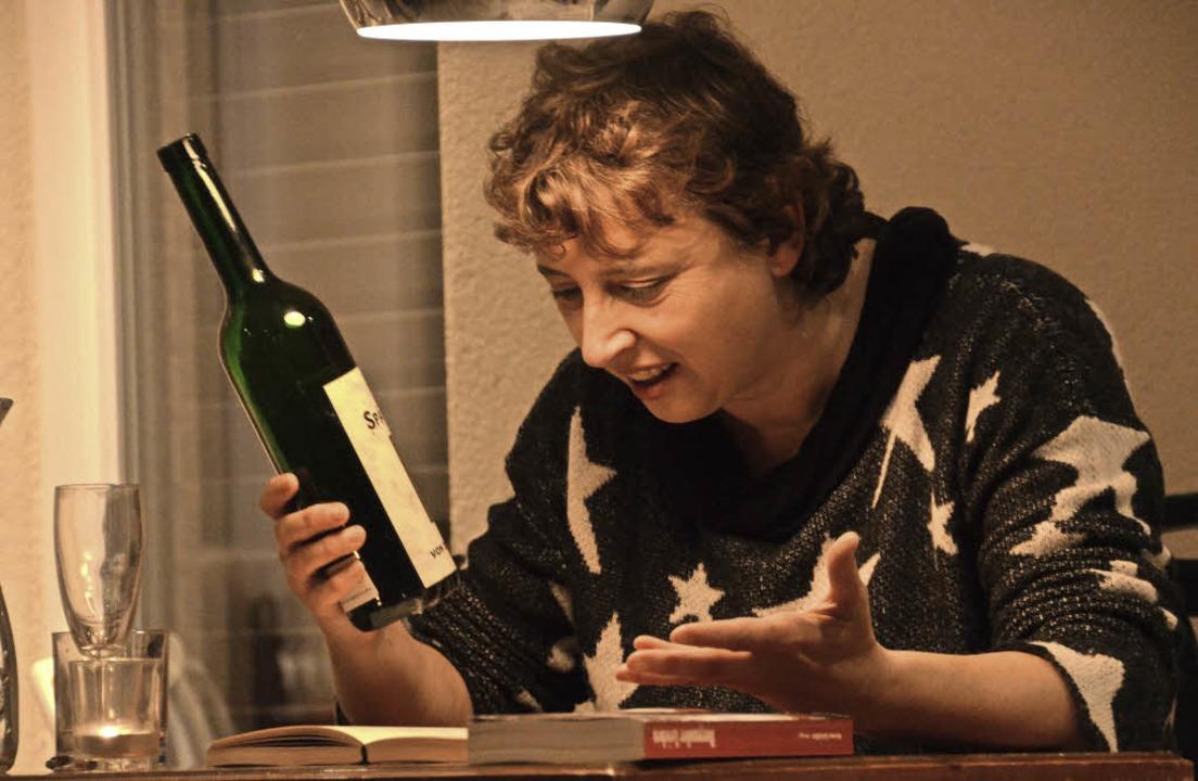 Krimi-Geschichten rund um den badische...sung im Weingut Schweizer in Ihringen.  | Foto: Frank Kreutner