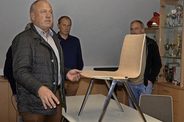 Neue Stühle für Räte und Bürger