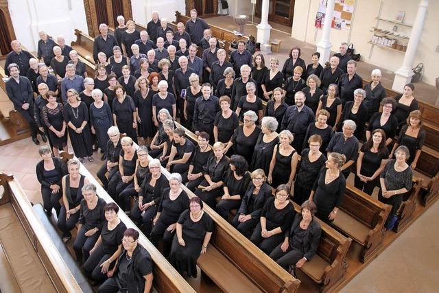 Katholischer Kirchenchor und Kammerchor Cantamus mit Solisten und Orchester