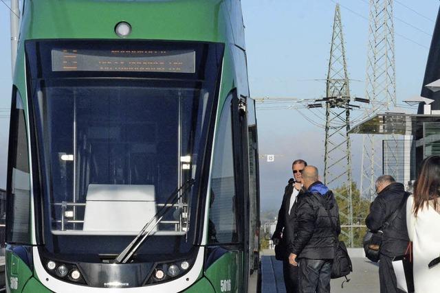 Tram 8 wird günstiger, aber nur für Basel