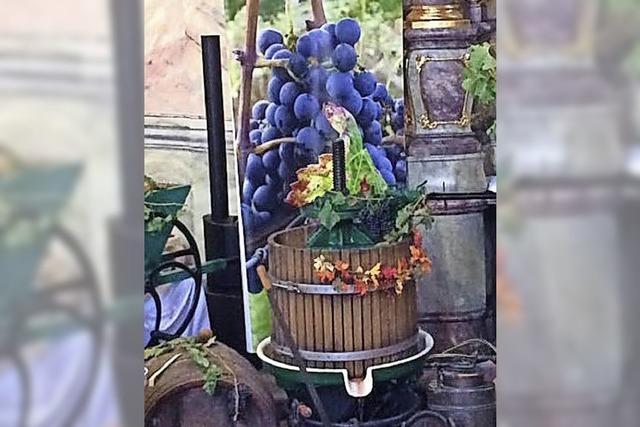 Echte Weinreben in der Kirche