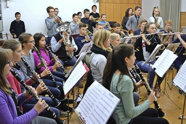 Premiere für neu gegründetes Zeller Jugendorchester