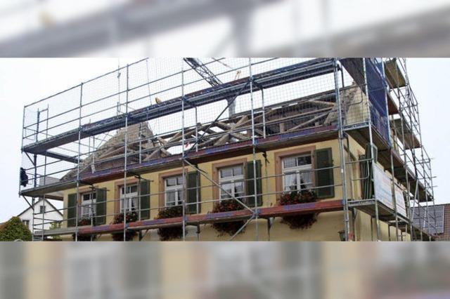 Rathaus erhält neues Dach