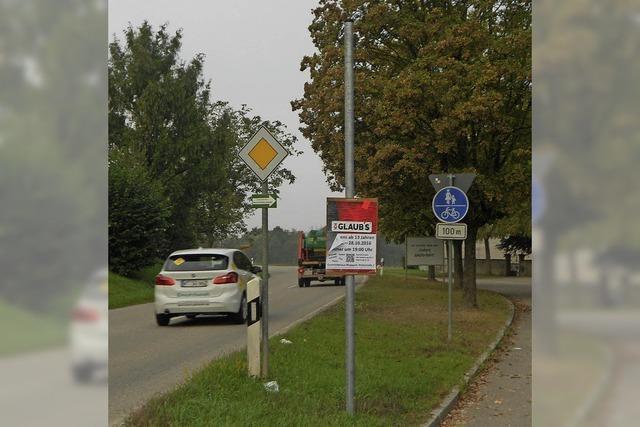 Masten für die Radwegbeschilderung