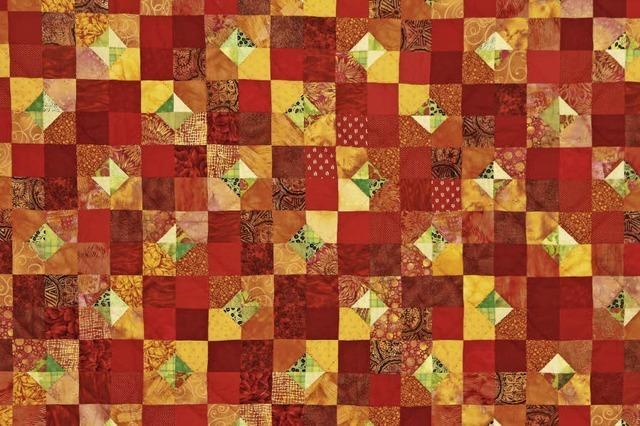Patchwork, Quilts und Figuren aus Papier im Ebringer Schloss