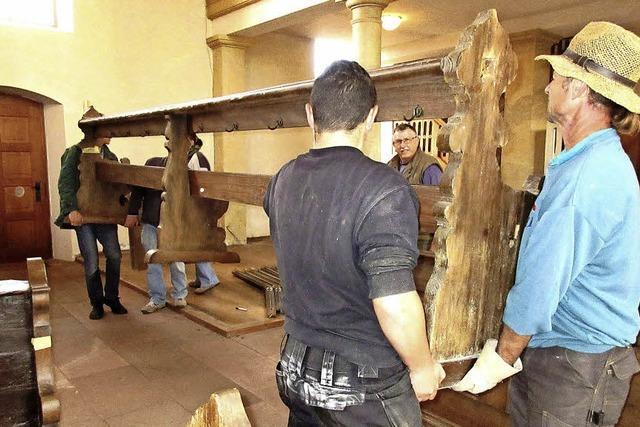 Vorarbeiten für die Kirchenrenovation