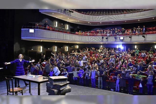 Tausende Lesefans kamen zum Lirum-Larum-Lesefest ins Theater