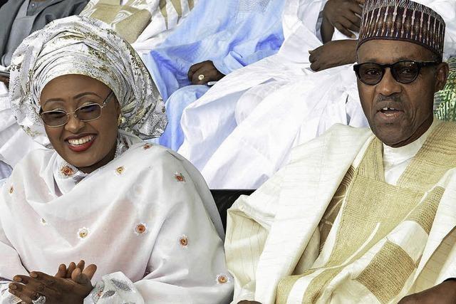 Nigerias Präsident Buhari steht während Deutschlandbesuch in der Kritik