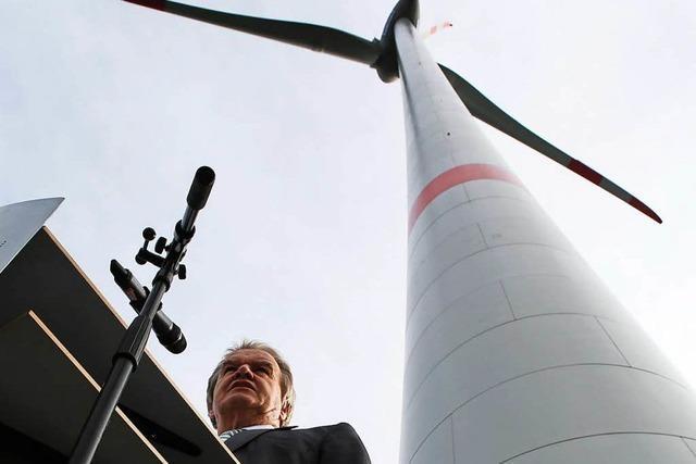 Umweltminister Untersteller weiht Windpark ein