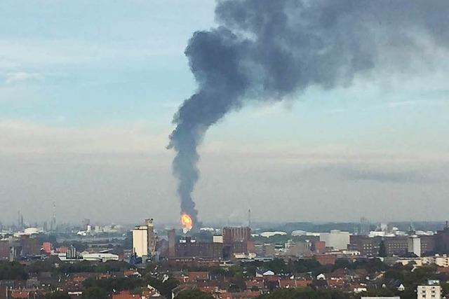 BASF: Mindestens zwei Tote nach Explosion – 2 Vermisste und 6 Schwerverletzte